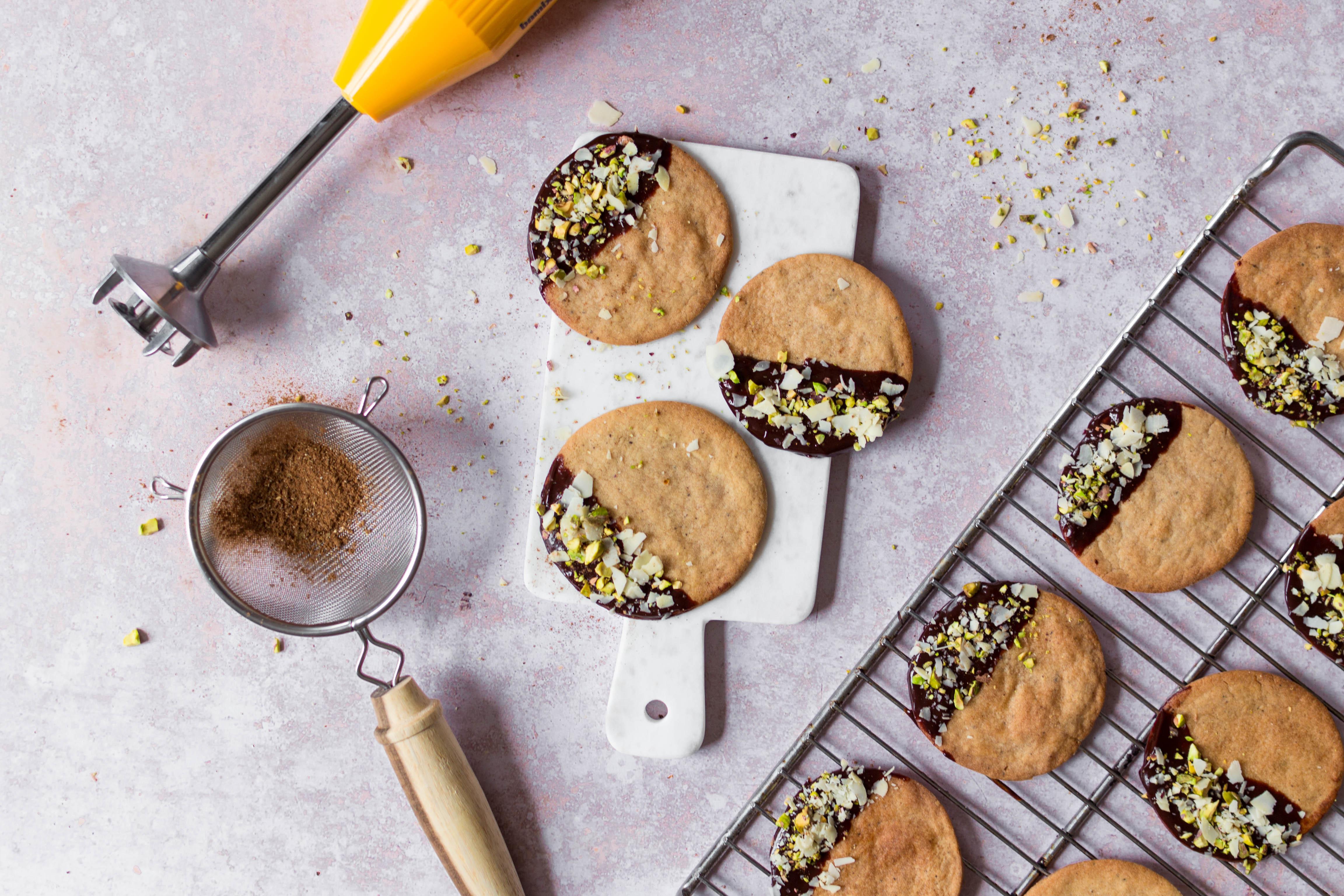 Topshot speculaas met chocolade, pistache en amandel horizontaal